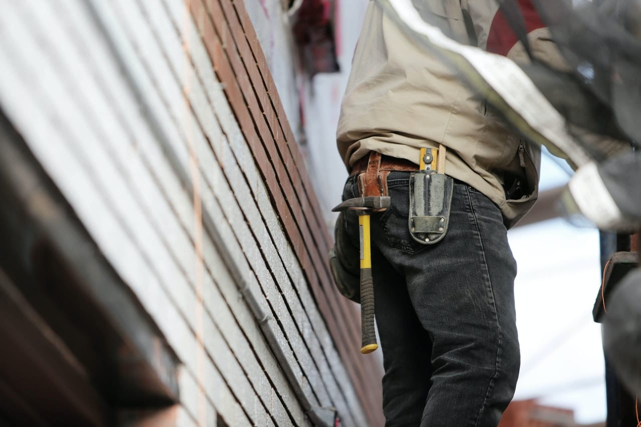 Roof Repair vs Roof Replacement: Factors to Consider for Your Next Roof Project